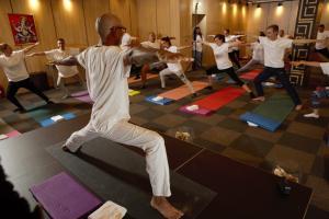 Поза от курс по йога