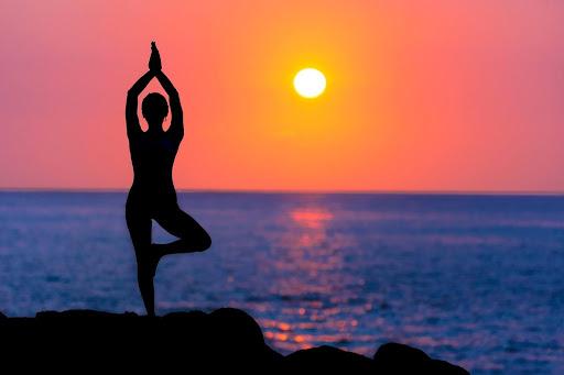 Какво лекува йога практиката?