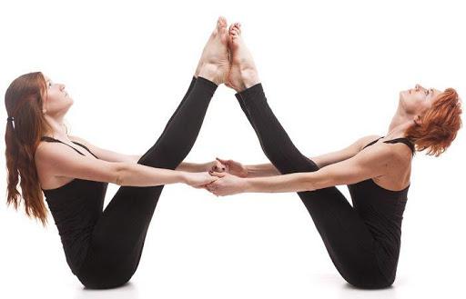 Какво подобрява йога тренировката