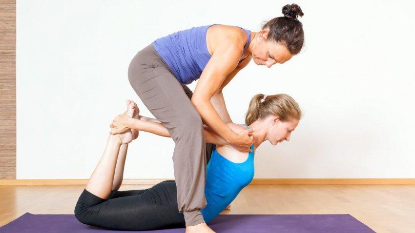 Йога терапия   LuckyYoga