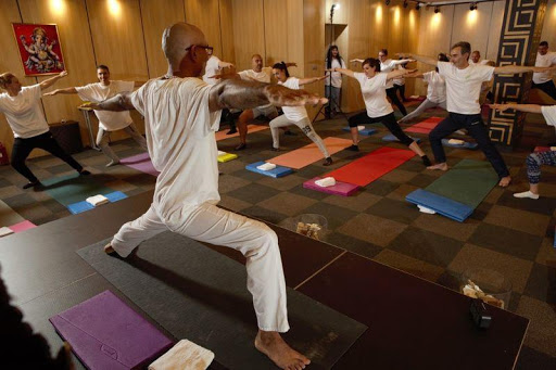 Йога инструктор в Лъки Йога