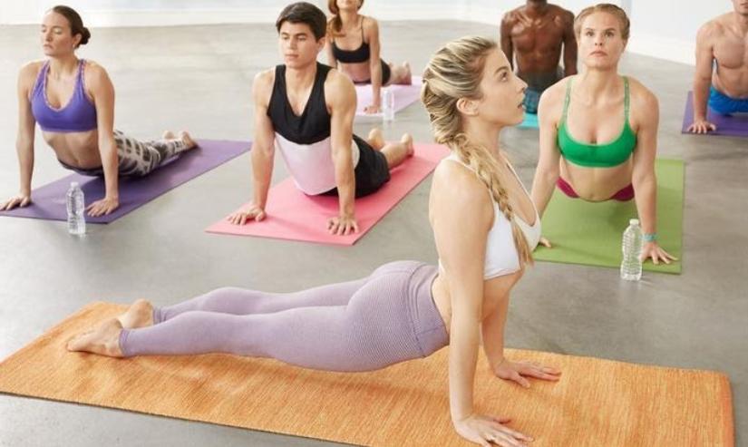 Виняса флоу йога или как да координират дишането си